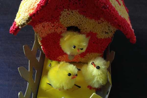 foam clay, pynt, boligpynt, kreativ med ungerne, kreative ideer, fuglehus, kyllinger