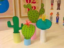 Kaktusser i toiletrullerør