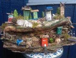 Træ, naturmaterialer, lille by, eventyr, historier, fantasi, skov, legetøj